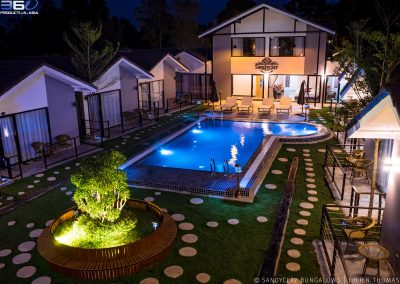 sandyclay-garden-swimming-pool-night