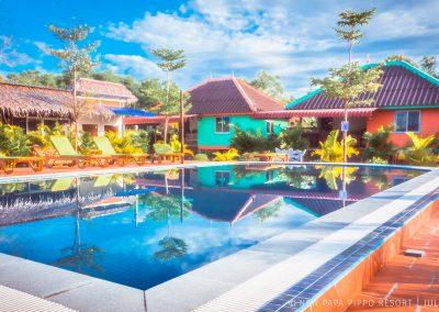 pool-garden-bungalows-otres