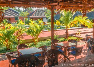 restaurant-bungalow-pool-garden-otres