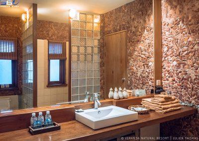 bathroom-stone-veranda-kep