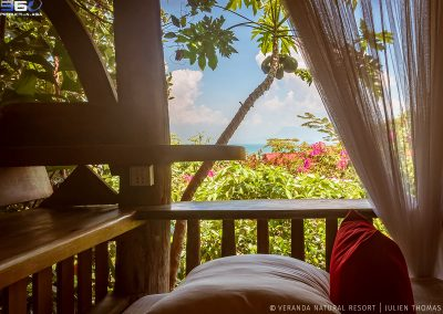 relaxation-pillow-view-ocean-veranda
