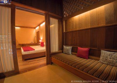 terrace-room-sofa-cushions