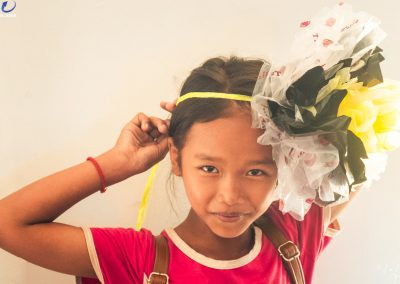 flower-hat-plastic-recycle-upcycle-creation