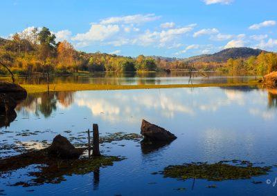lac-view-nature-landscape-autumn