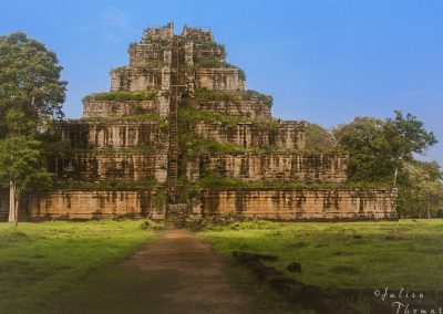 prasat-nature-ruined-pyramide-archaeological
