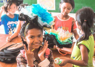 schoolchildren-flower-craft-creativity-recycle