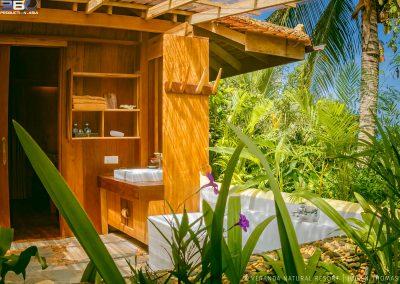 bathroom-garden-veranda-kep