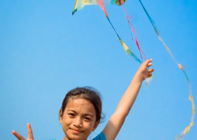 kid-kite-plastic-upcycle-craft-homemade