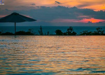 pool-ocean-sunset-infinity-veranda-kep