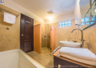 bathroom-siem-reap-hotel