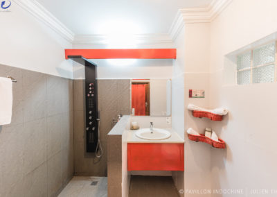 hotel-bathroom-siem-reap