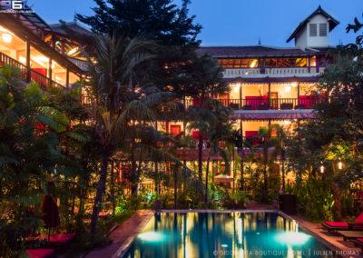 hotel-room-pool-garden-night