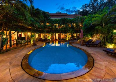 pool-hotel-garden-night-cambodia