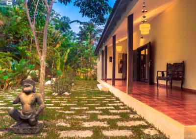 villa-garden-terrace-home-cambodia
