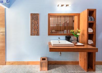 bathroom-cheata-siem-reap