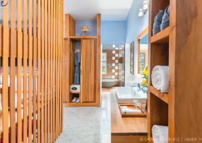 cheata-residence-bathroom-siem-reap